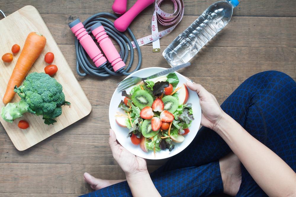 eating organic salad post workout