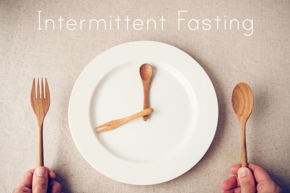 6 Health Reasons Why It's Safe to Try Intermittent Fasting for Weight Loss