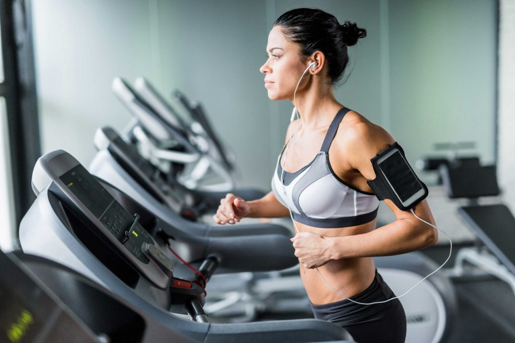 6 Good Reasons Why You Should Not Push Yourself Too Hard on Your Cardio